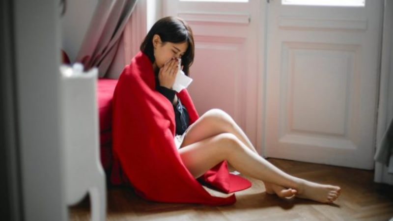 Five Tips for Surviving Cold and Flu Season Naturally